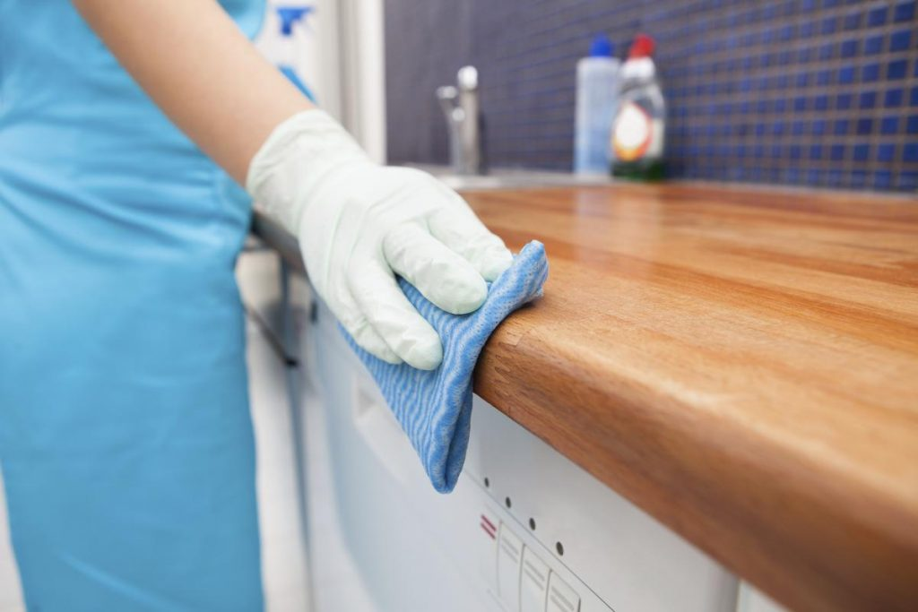 How Cleaning Services Benefit Homes