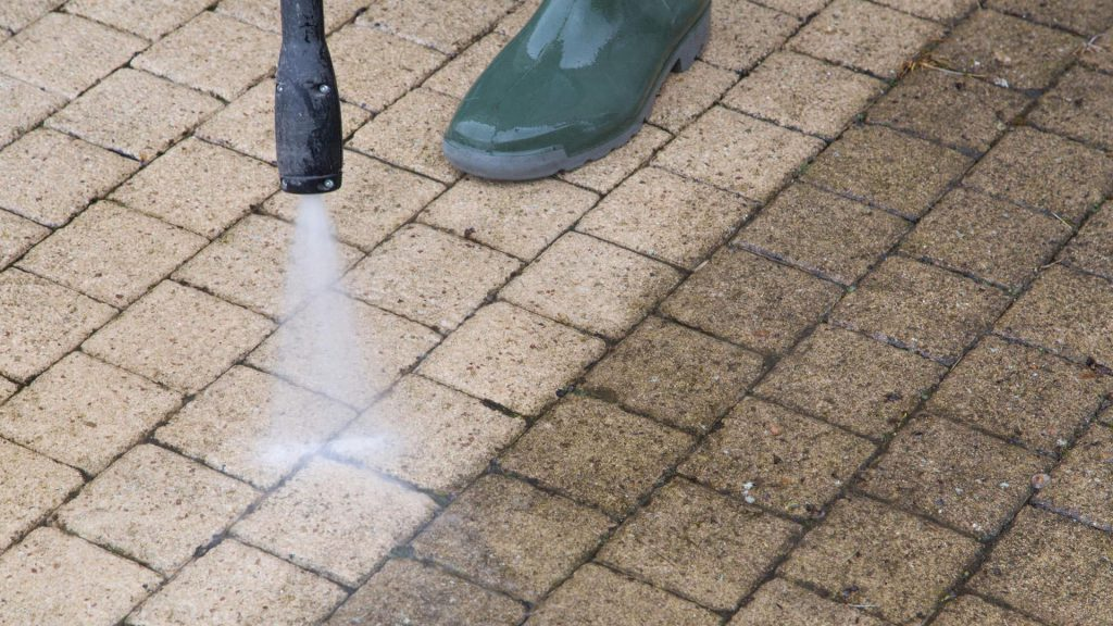 Tips in Properly doing Surface Pressure Cleaning Efficiently